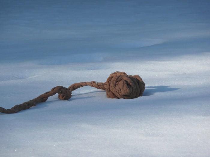 braidballs in snow3